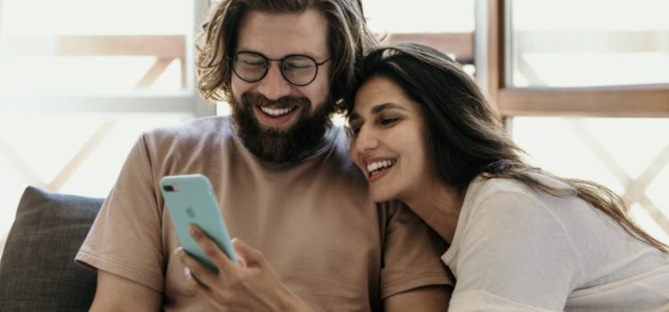 The Dating Divas review the Ultimate Intimacy App!