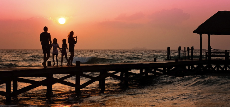 80/80 Marriage: 4 Tips for Low-Drama Summer Family Vacations